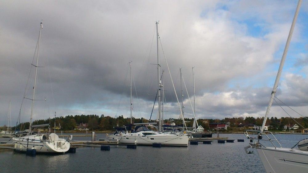 Nå tas flere og flere båter på land