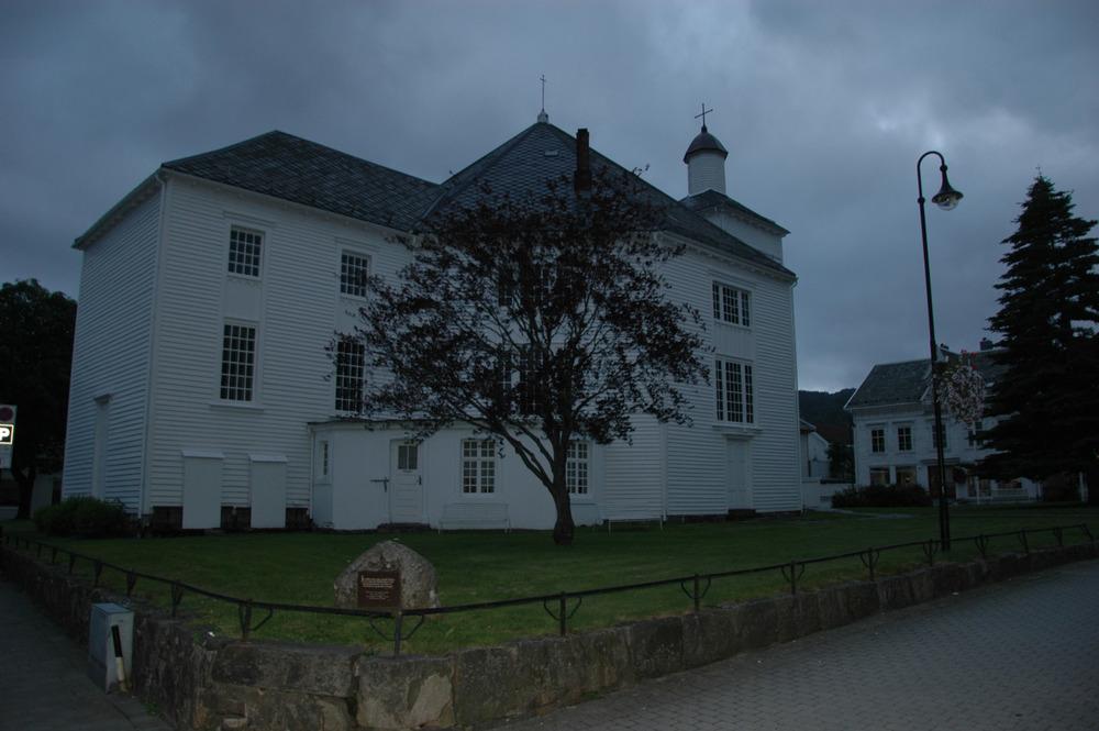 Flekkefjord kirke er en trekirke fra 1833