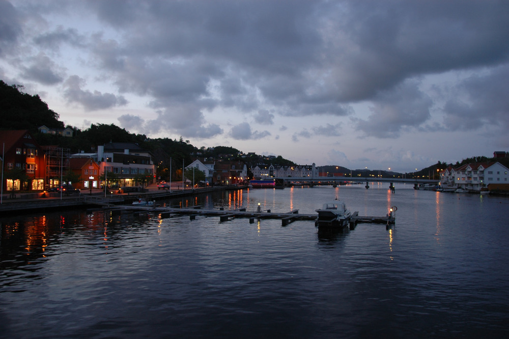 Kveldsstemning i havna
