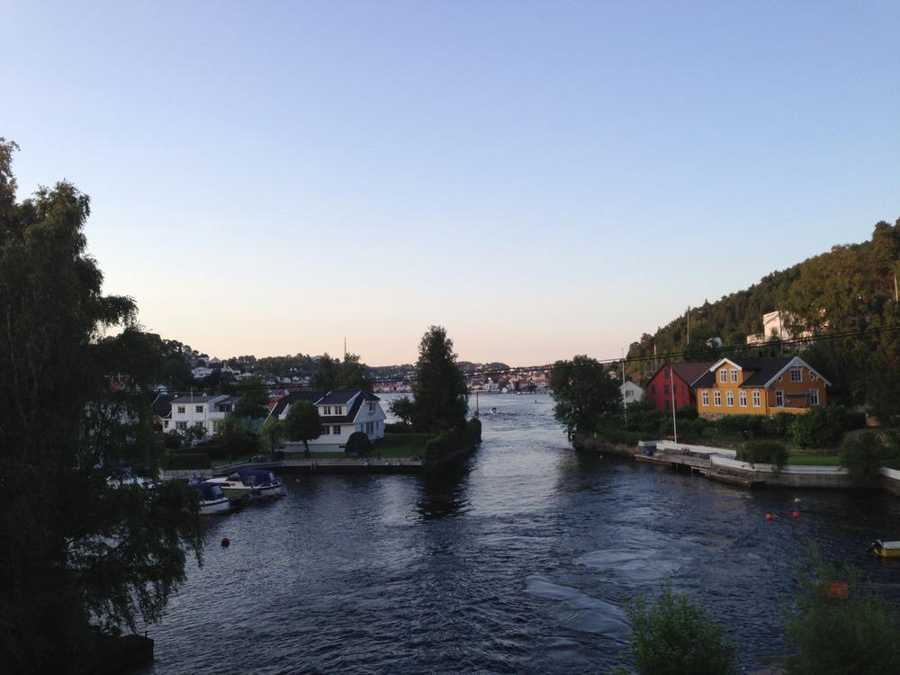 Sundet mellom byen og Hisøy