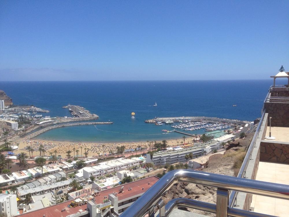 Utsikten fra hotellet utover Puerto Rico