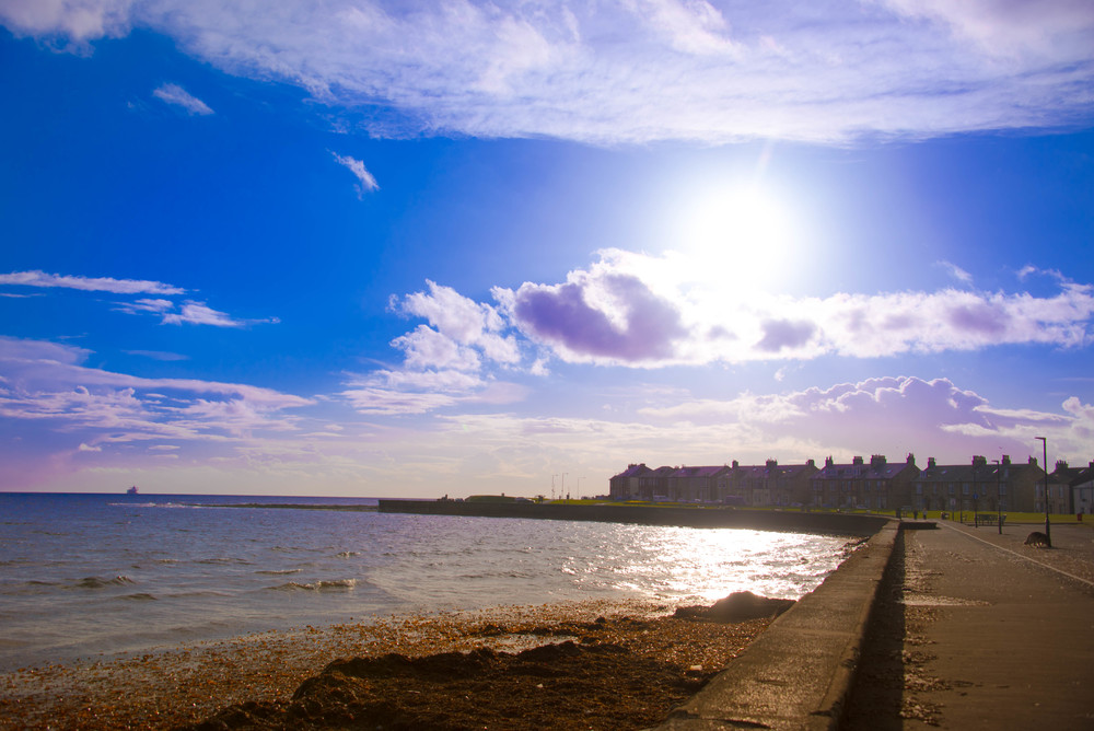 Lang strandpromenade