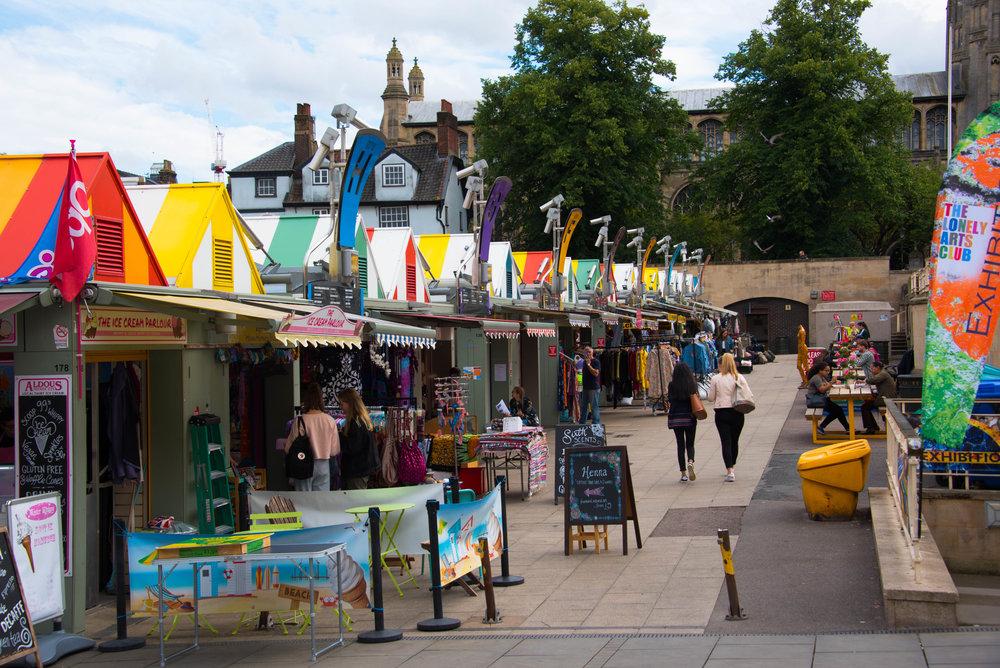 Markedet i Norwich, stort sett søppel