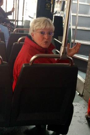 Vår lille guide på bussturen