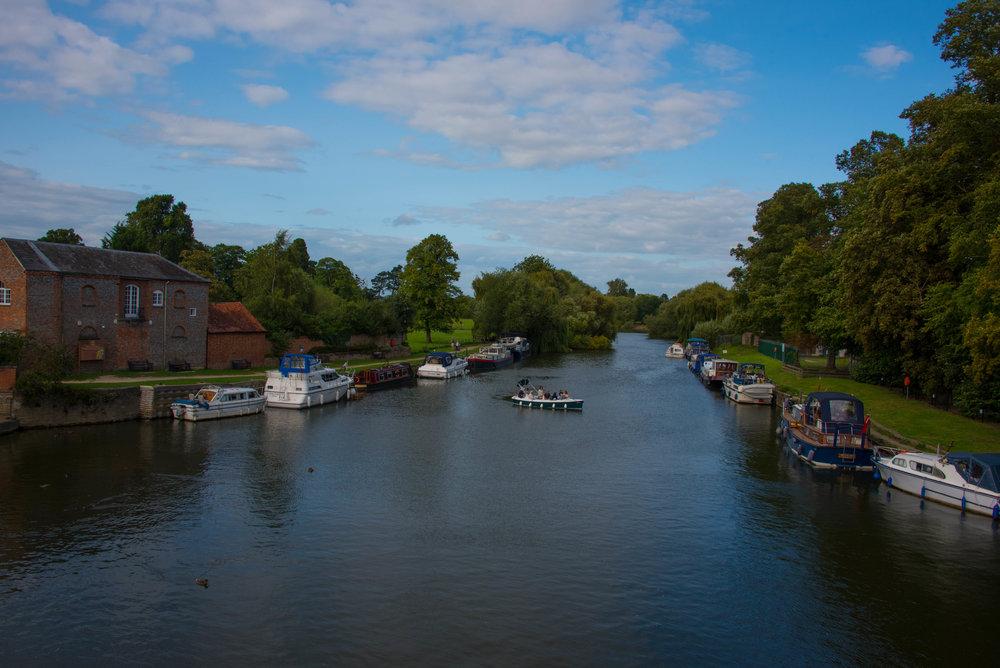Themsen renner gjennom Wallingford