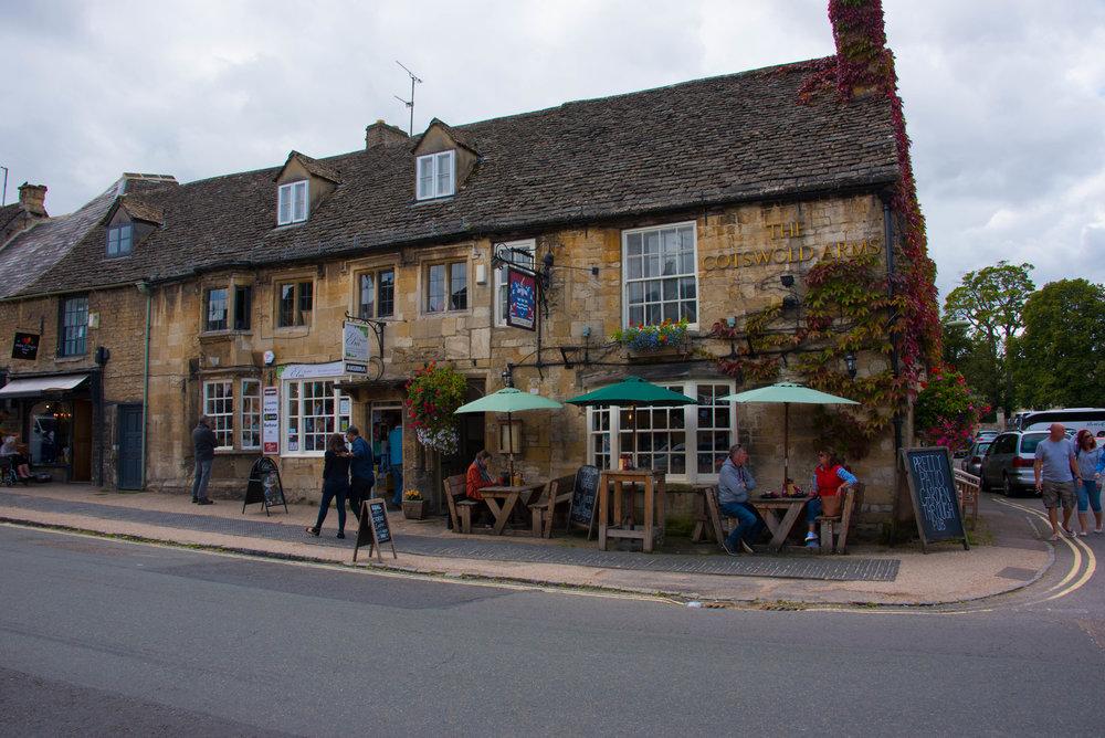 Flott pub i Burford