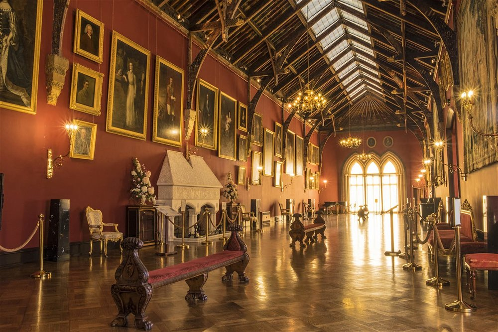 The Long Gallery inside Kilkenny Castle © Mark Wesley / Tourism Ireland
