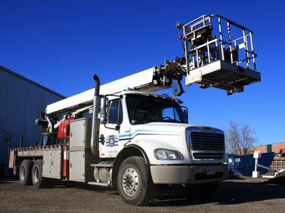 Manatec Crane Truck