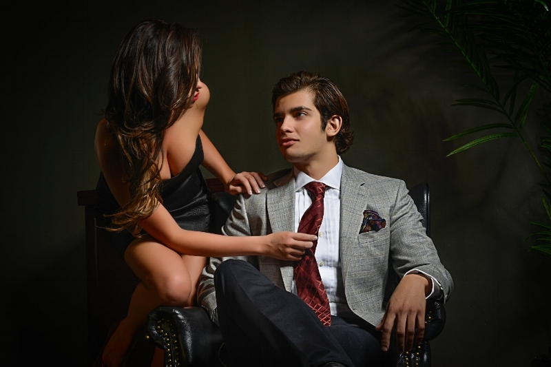 Pair your White Dress Shirt with a wide variety of suit and tie colors to show creativity.