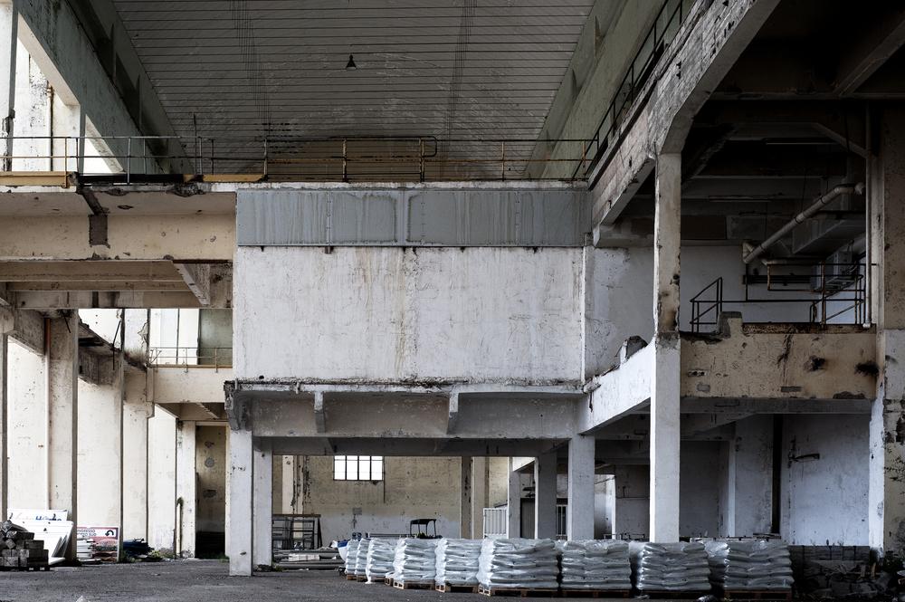 L'ex centrale ENEL di Fiumaretta, primo impianto nel territorio, è stata chiusa nel 1995. Una parte dell'edificio è rimasto inutilizzato, mentre il resto è stato riqualificato come sede di uffici amministrativi. (Giulia Morelli)