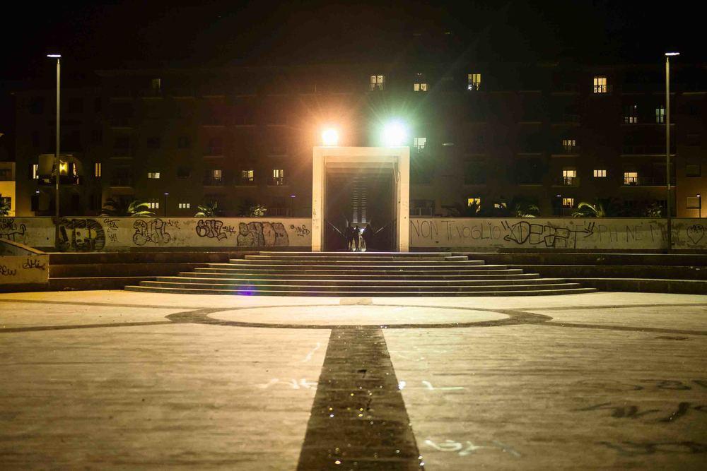 Il Pirgo, prima prestigioso stabilimento balneare ora caduto in disuso, è divenuto col tempo centro di aggregazione per i giovani della città. (David Pagliani Istivan)