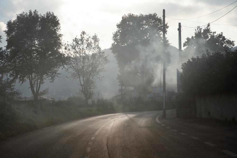 La BPDha scelto Colleferro per la produzione di esplosivi proprio per il clima umido che lo caratterizza. Secondo il rapporto ERASad aggravare il livello di criticità della zona concorre proprio la posizione geografica, che soffre di condizioni meteo-climatiche sfavorevoli alla dispersione degli inquinanti.Colleferro, novembre 2013