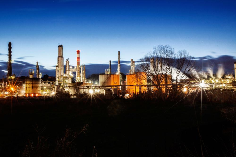 I fumi di scarico della raffineria di Roma