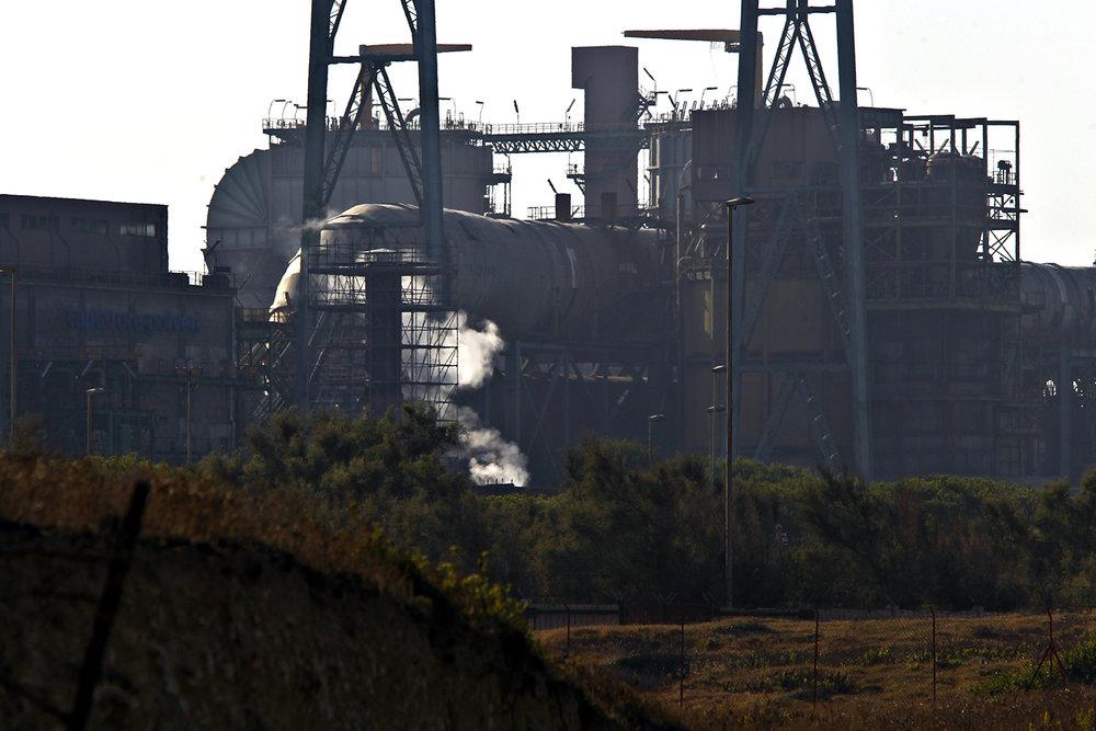 La centrale a carbone Federico II di Cerano è una delle otto centrali ancora attive nel territorio italiano, nonché la prima in Italia per emissioni di CO2 e per costi causati dalle emissioni inquinanti.