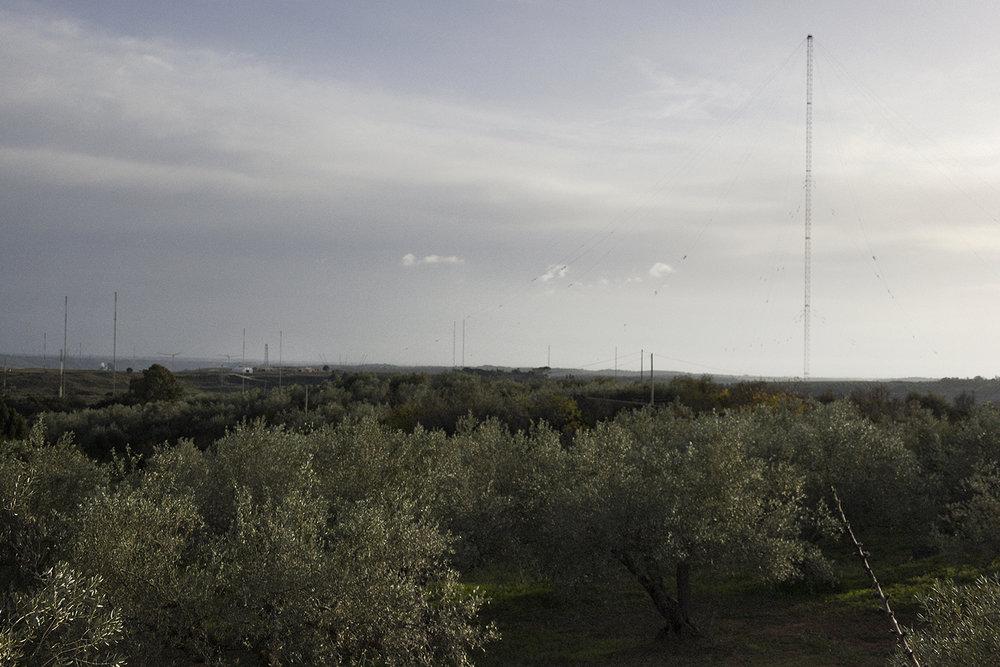 Niscemi (CL), Novembre 2017. Veduta sulla base dalla casa di campagna di Salvatore Terranova. © Chiara Faggionato