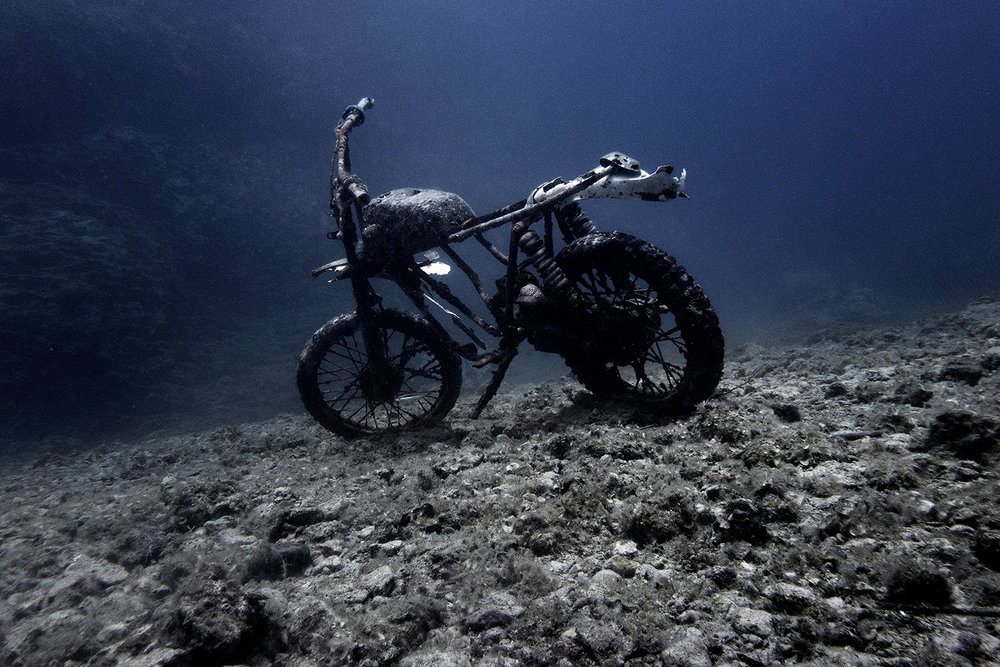 """42° 06' 21"""" N, 15° 29' 05"""" E , Cala del Sale , Isole Tremiti   Relitto di una Caballero Fantic Motor a 25 metri di profondità."""
