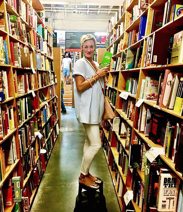 LIFE MOMENT=finding your book perched on the shelves of @powellsbooks 👀📚✨😁!!!!! #mrslilienscocktailswatchbook #powellsbooks #published #author #mrsapproved #pdx #mrspdx #penguinrandomhouse #topshelf #proudofme