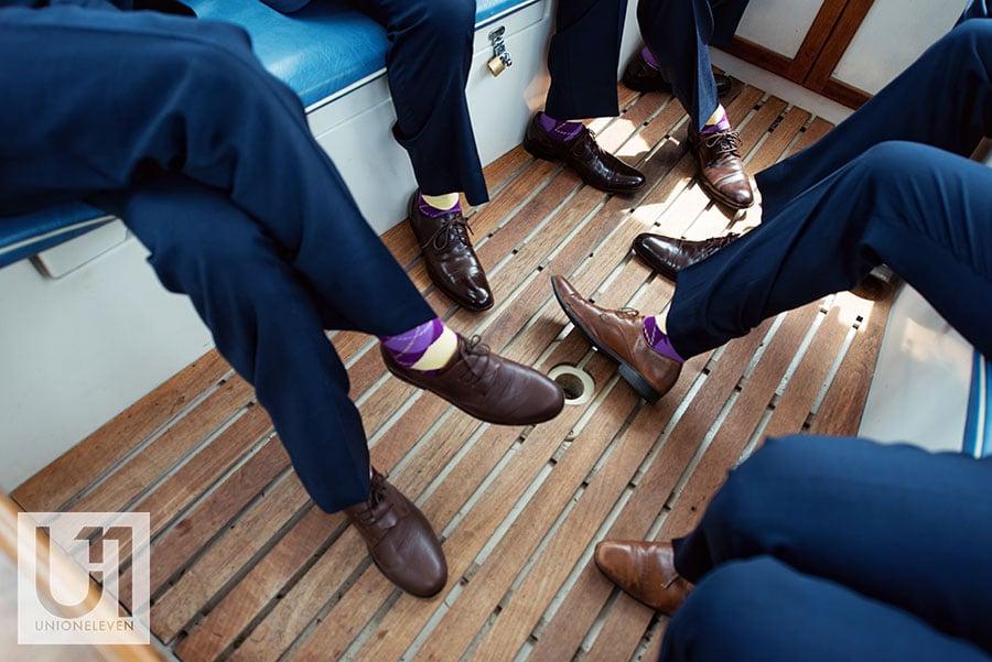 07-groomsmen-shoes-rideau-river-wedding
