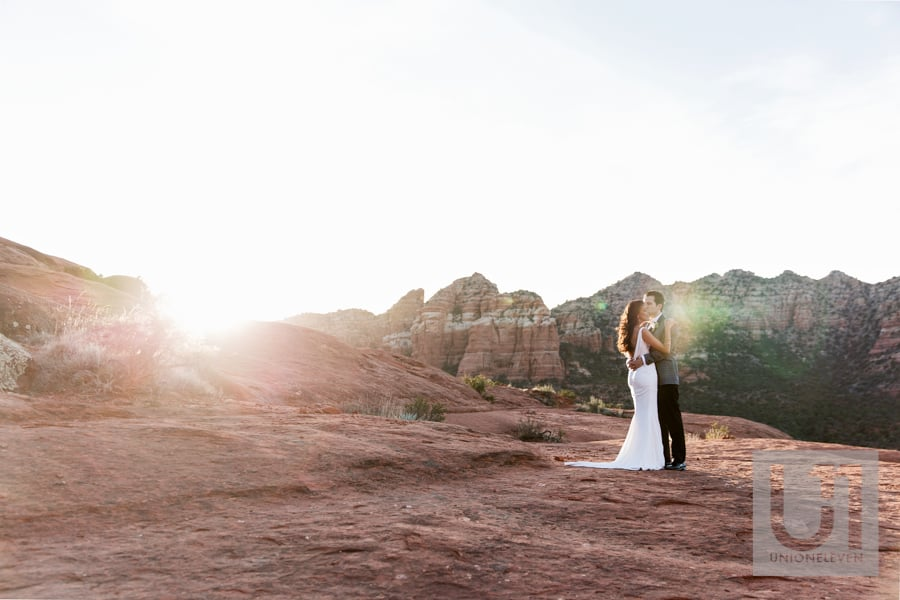 bride and groom at sunset in sedona