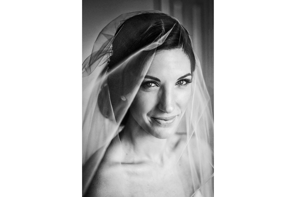 bride veil portrait ottawa wedding at westin