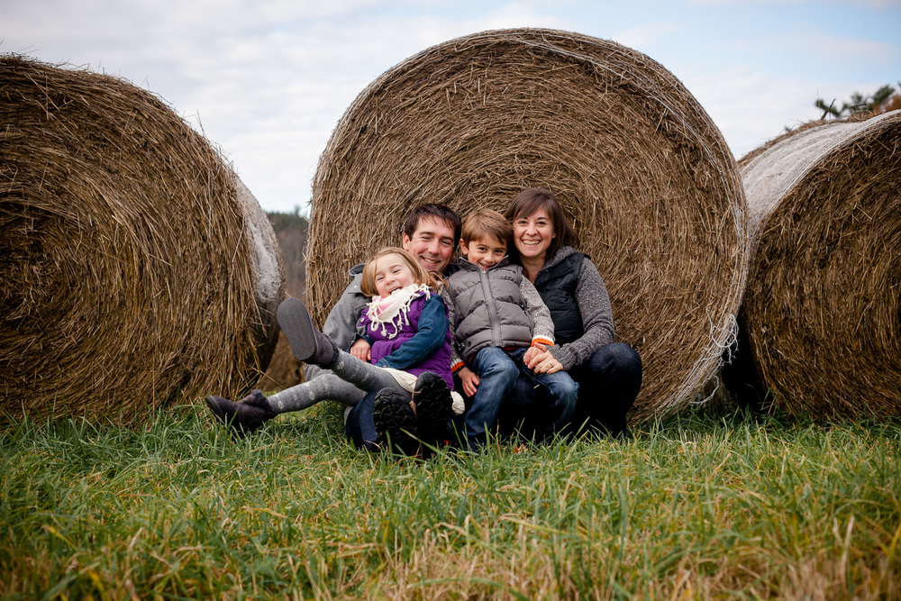 a relaxed family portrait taken outside in ottawa