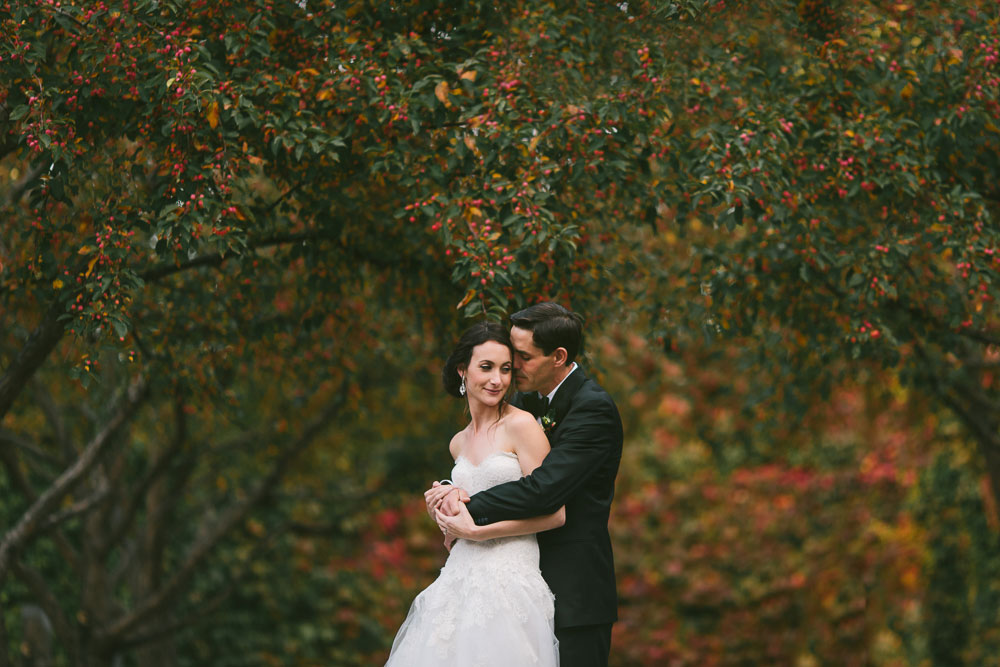 photograph of a fall wedding in ottawa