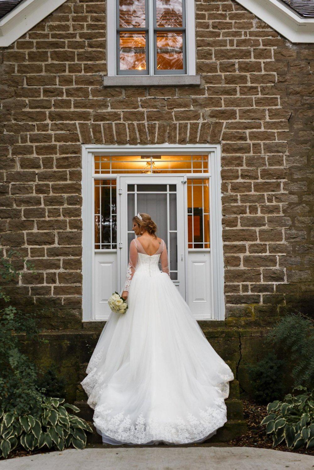 bridal portrait with a beautiful wedding dress