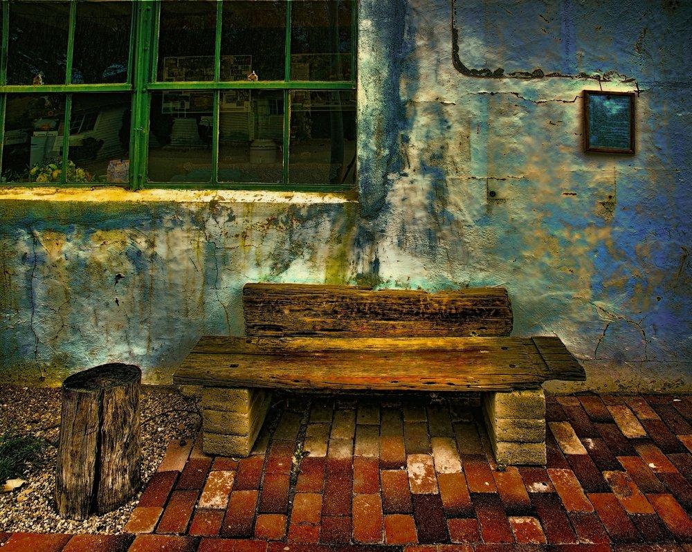 Bench, Harmony