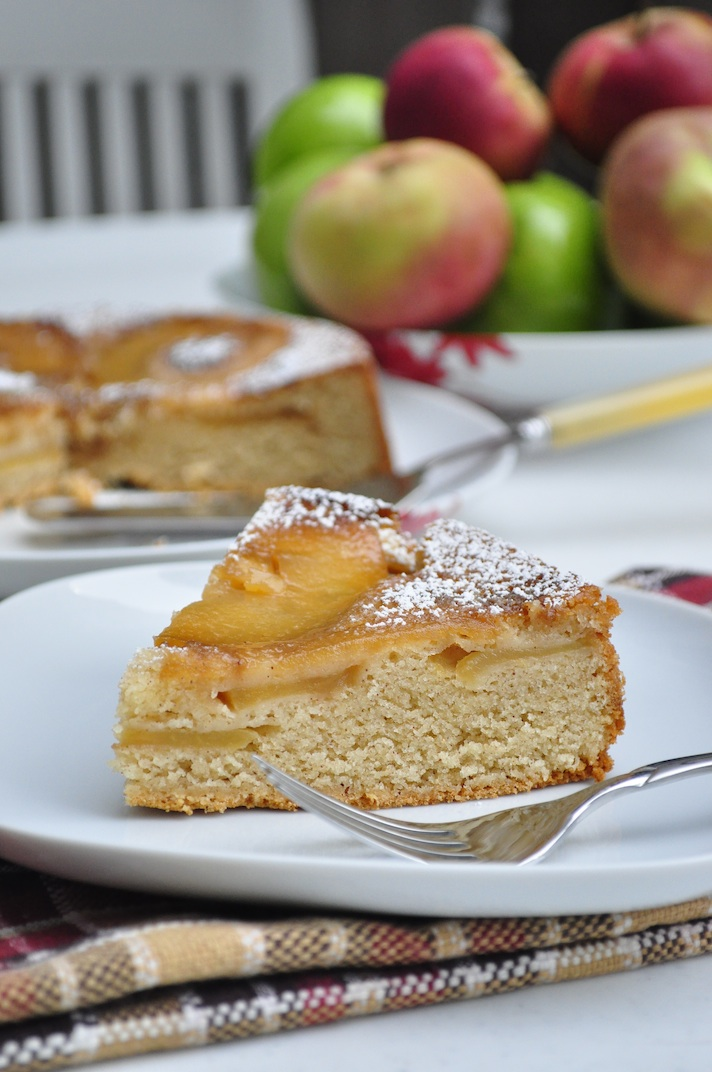 apple upside down cake1