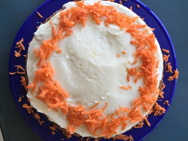 easter 16 carrot cake1