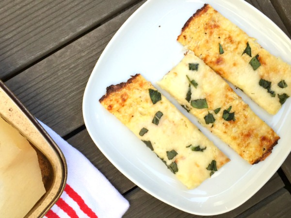 cauliflower cheesy bread plate