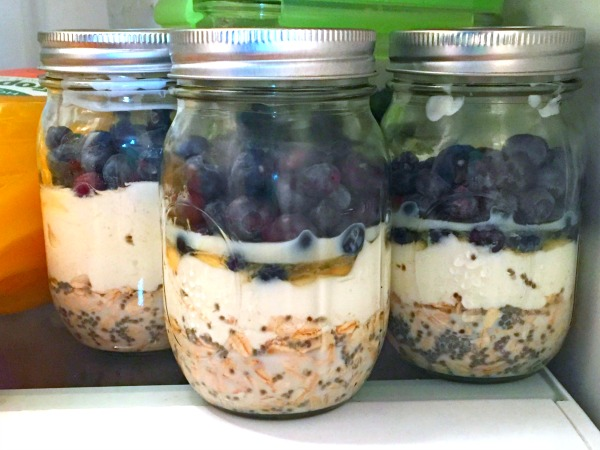 wiaw overnight oats blueberry