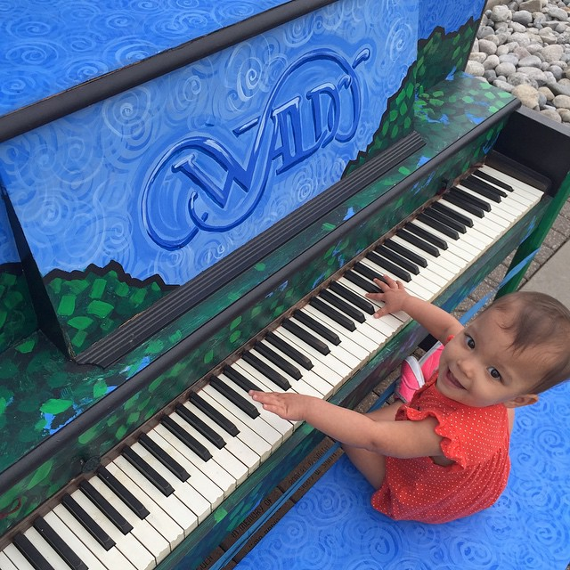donate used piano , pianos for sale near me , second hand baby grand piano