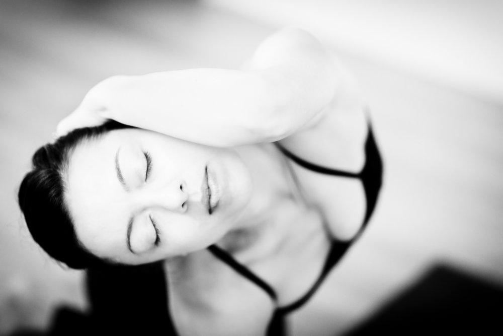 2018_10 Dana Yoga-8.JPG