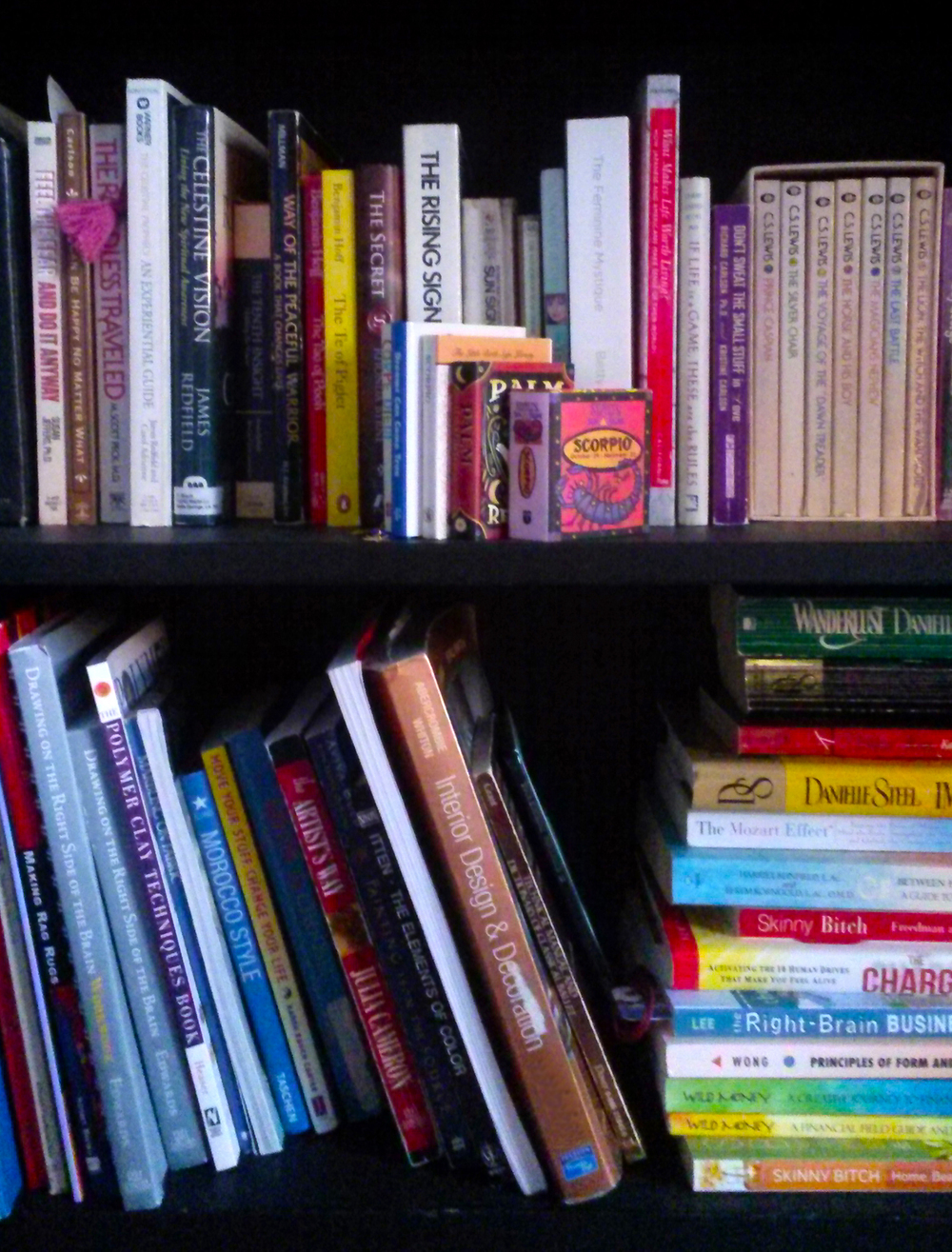 How To Declutter Your Books