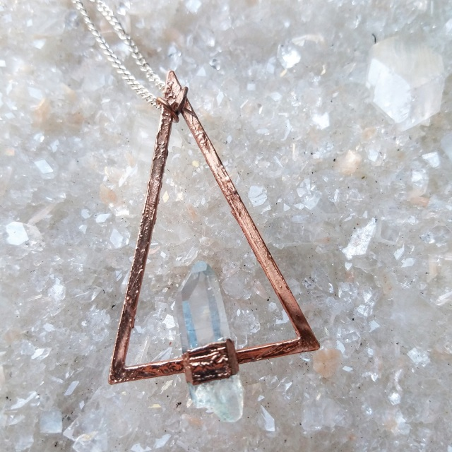 Jewelry - Sacred Triangle Crystal Necklace - Desert Daisy Jewelry