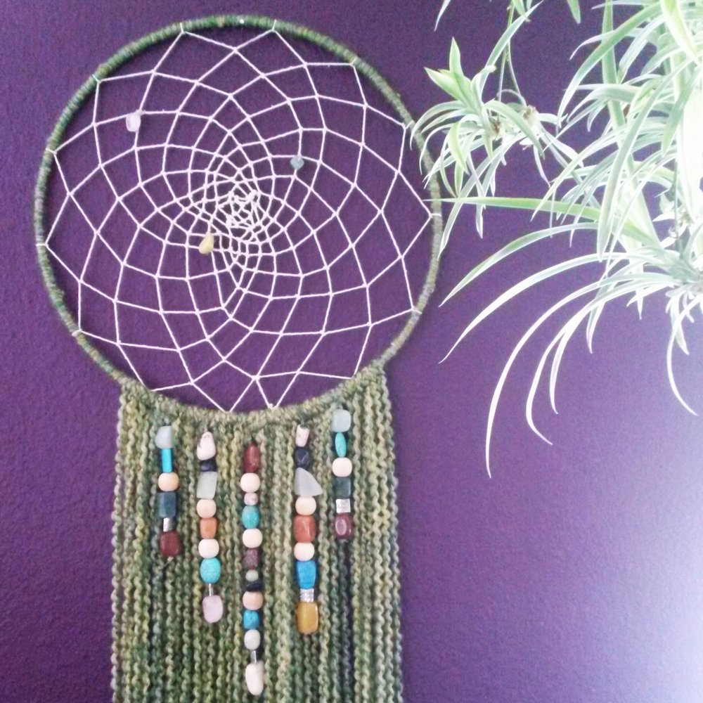 Large dreamcatchers handmade by Stacey Taylor of Effortlessly Eclectic