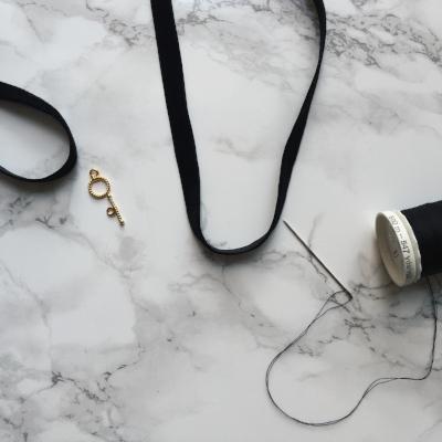 DIY Black Velvet Choker