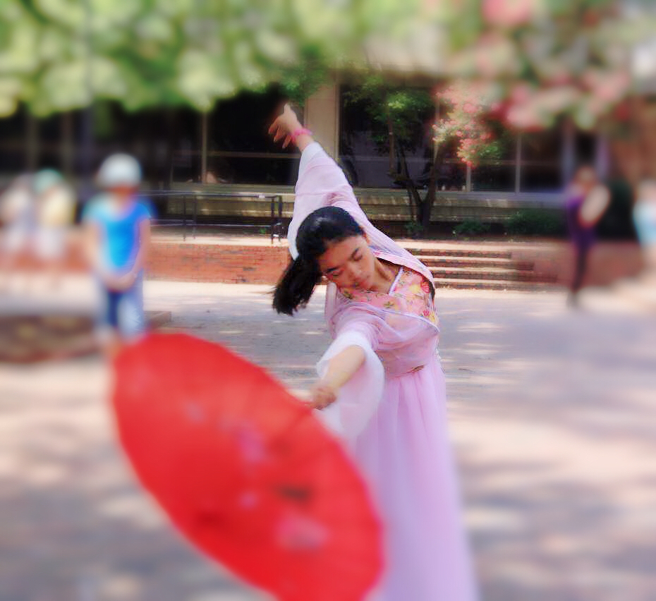Nanotechnology researcher, programmer, ballet and classic dancer, violin and piano player - Yuqin Sophia Duan