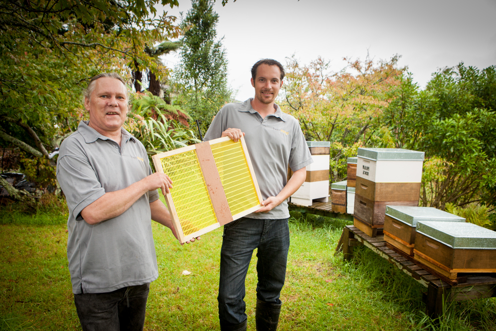 Peter Bennett, CTO, and Julian McCurdy, CEO and Founder of Bee'z Thingz showcase their IoT bee sensing software.