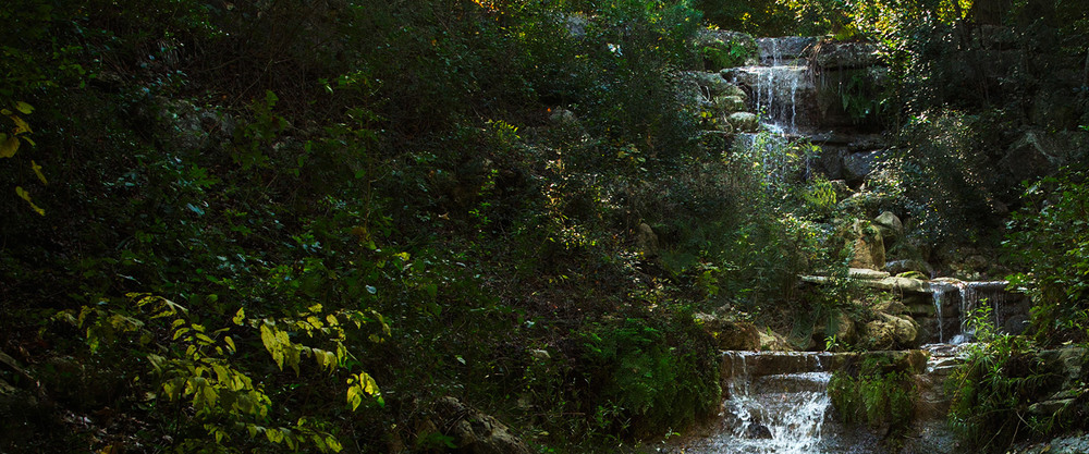 Rembrance-Gardens-Waterfall.jpg
