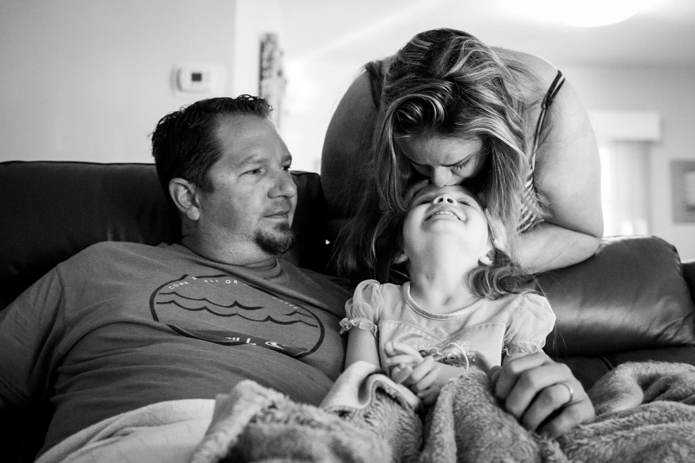 family story - morning kisses