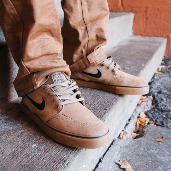 official photos acb7f 269fc Nike SB Zoom Stefan Janoski in Khaki Black Gum Light Brown Now Available