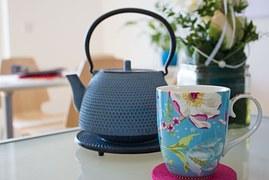 teapot-758168__180.jpg