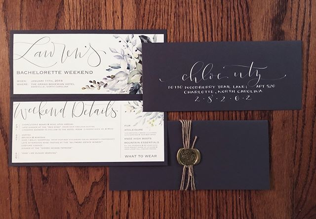 this getaway weekend is straight out of my dreams!! ...and so designing the invitation had to be the cherry on top. a splash of personality, with both feminine and rustic accents and a wax seal. . . . . . . . #moderncalligraphy #handlettering #stationary #invitations #envelopecalligraphy #envelopes #waxseal #wax #rustic #floral #creative #creativemarket