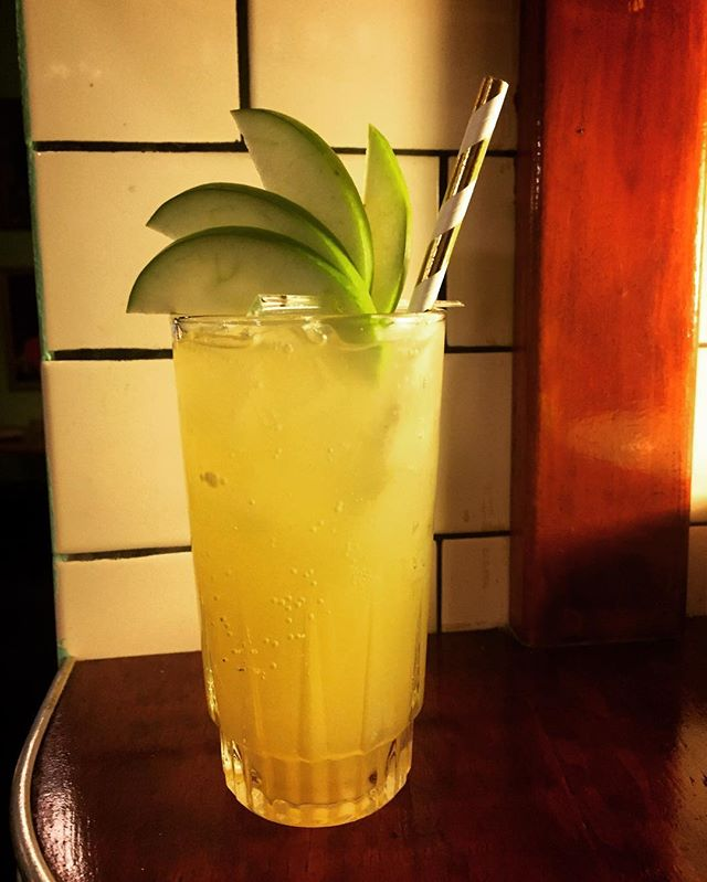 New cocktails tonight!! Including this guy 🍸 the Spiced Apple Mule with bison grass and vanilla vodka, domain de canton ginger liqueur, lime, cloudy apple and ginger ale 🍎🍏🍎 #newcocktails #eathouse #eathousediner #redfernbars #redfernlocal #sydneyfood #instadrink #applemule #vodkacocktail