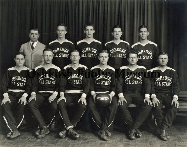 1929-1930_Oshkosh_All-Stars.jpg