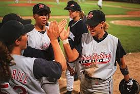 womens-baseball3-9734.jpg