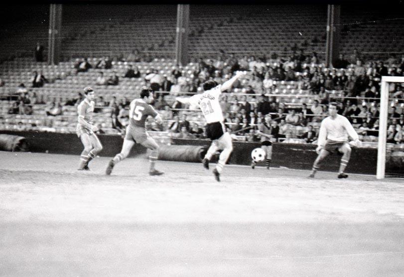 Cougars 67 Home Back Jim Weatherup, Mustangs 6-28-1967 (12).jpg