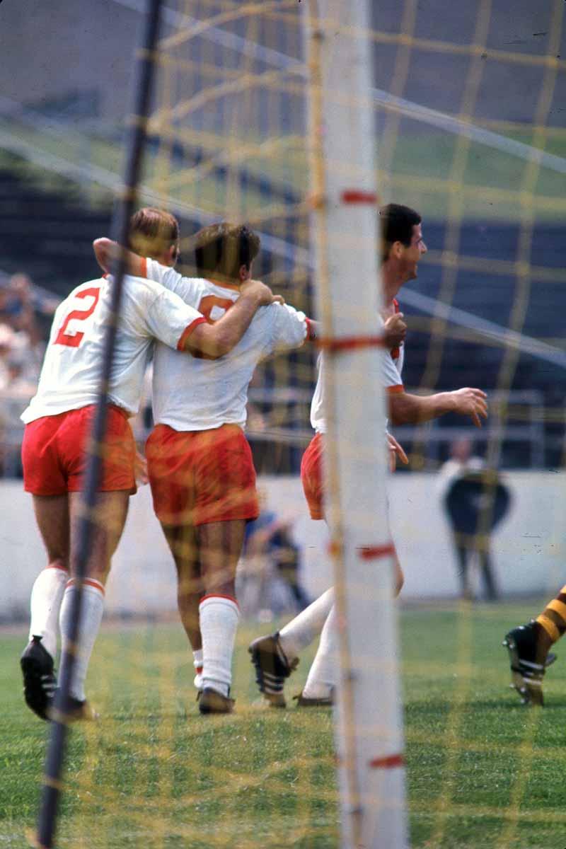 Spurs 67 Home Back Willy Roy, DeRobertis, Spartans 6-25-1967.jpg